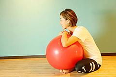 脂肪燃焼&筋力UP!バランスボールエクササイズ
